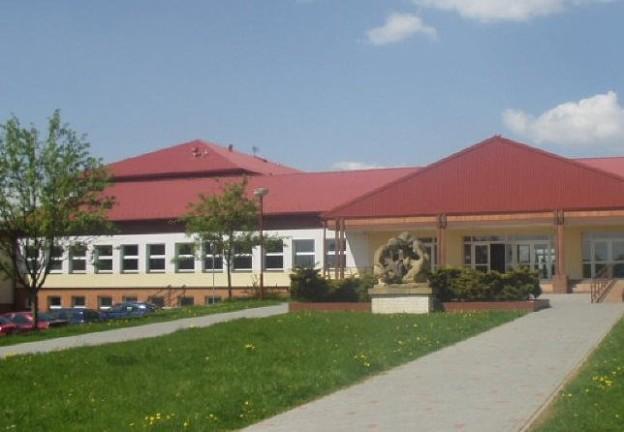 škola konice